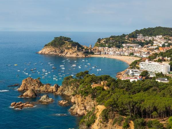 Modro poletje v sončni Španiji, na Costa Bravi!