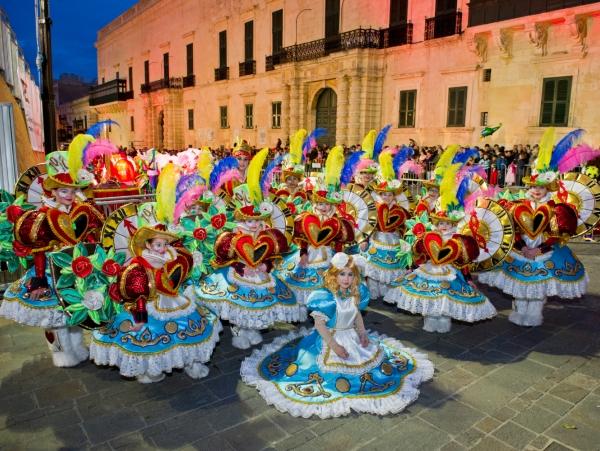 Na tradicionalni pustni karneval na Malto, z letalom iz Ljubljane!