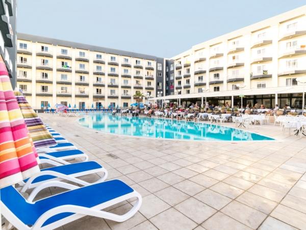 Poletne počitnice na Malti!